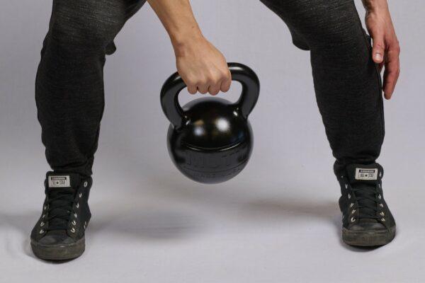 Single Hand Swing with MUTT Kettlebell - MUTT Made in USA